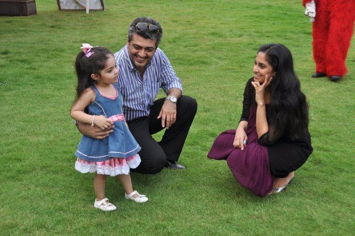 Kanyakumari best clikz: Ajith family photoAjith Family Album