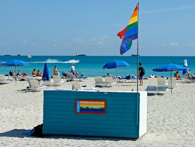 Praia da 12th street em South Beach Miami