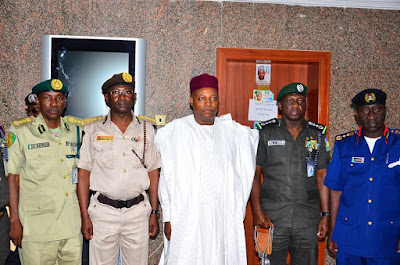 IGP, 3 Other Paramilitaries Heads Visit Borno To Donate Relief Material & Drugs To IDPs. Pics