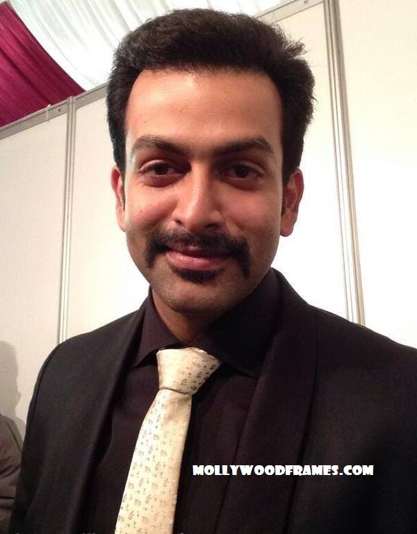 Prithviraj Sukumaran at Asianet Awards