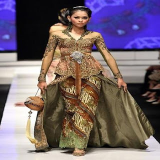 model kebaya simple anggun