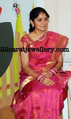 Ranjani (Karthi wife) in Simple Diamond Necklace - Jewellery