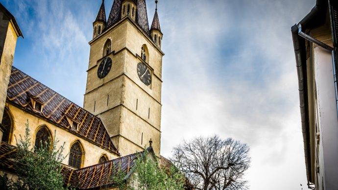 Wallpaper: Travel through Sibiu, Romania