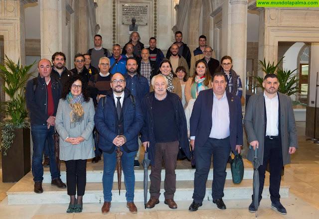 Transición Ecológica analiza el modelo de gestión de residuos de Pontevedra para su posible implantación en Canarias