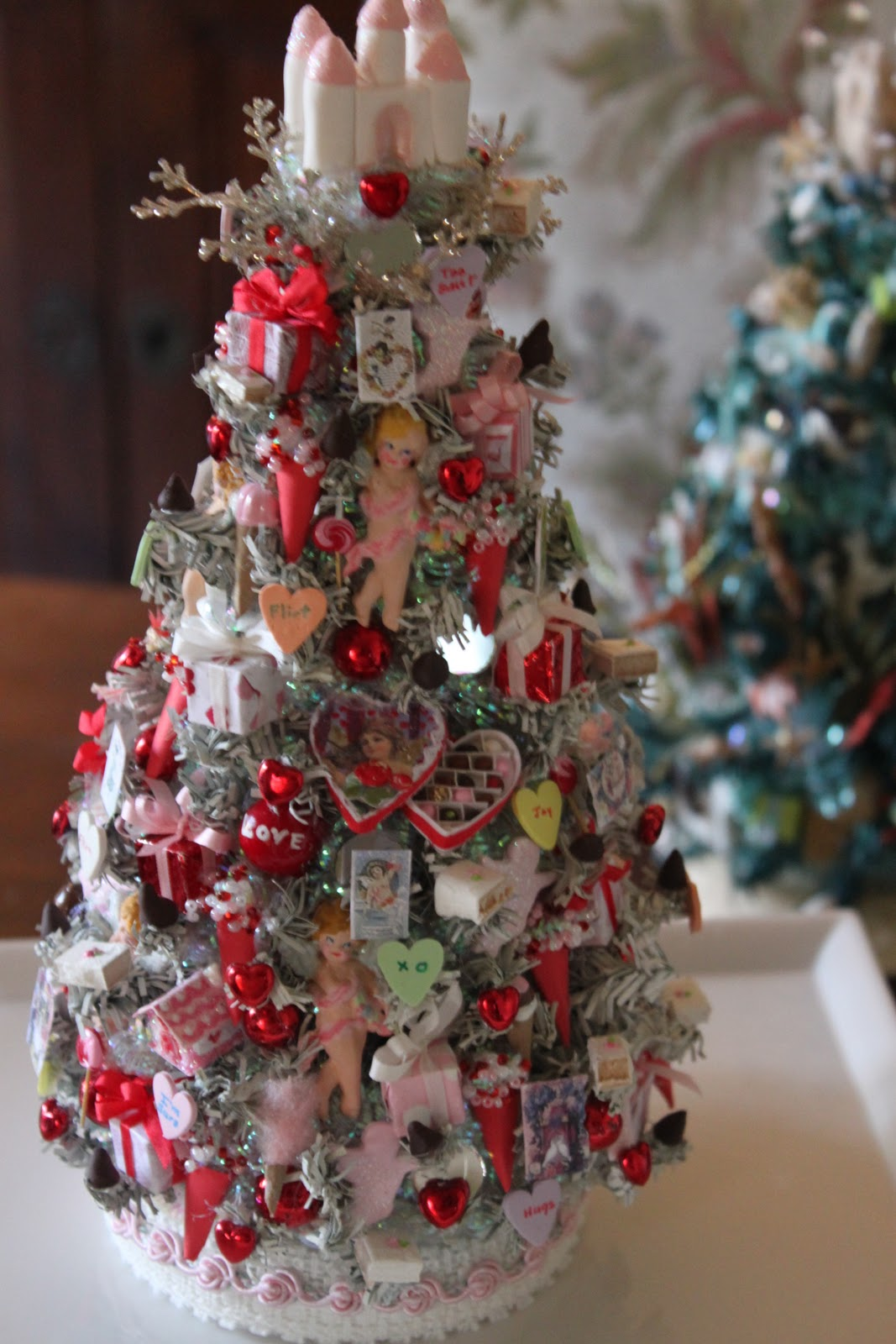 Haus and Home: Sweet Christmas