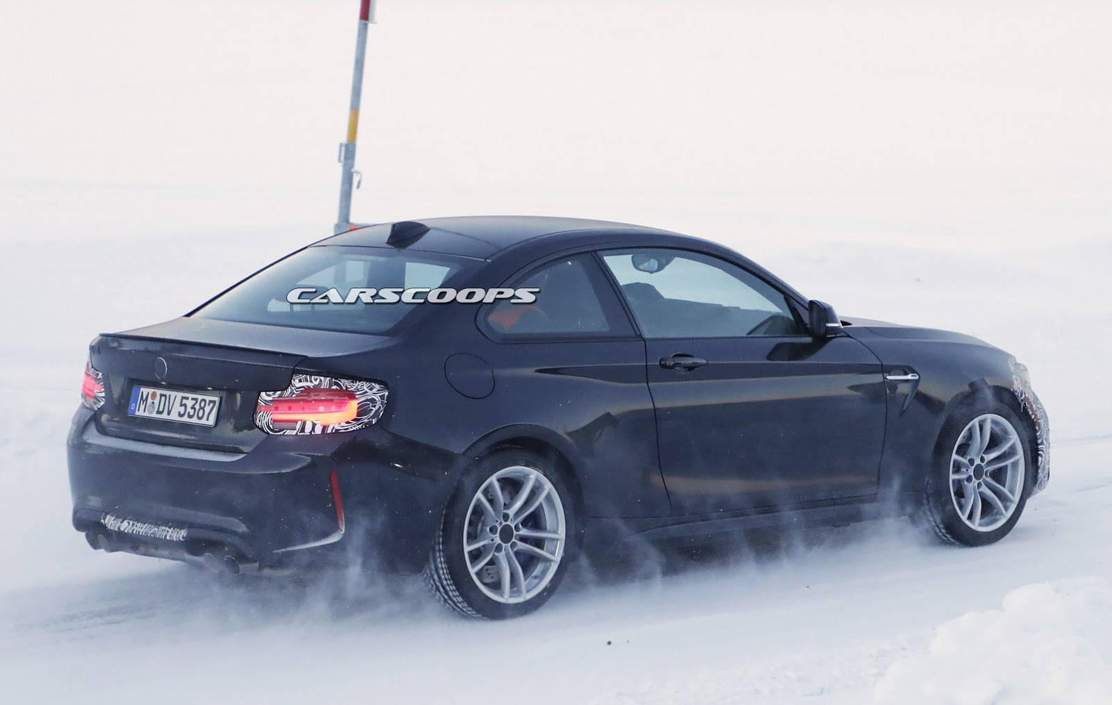 BMW M2 CSL Slated To Have Around 400 HP