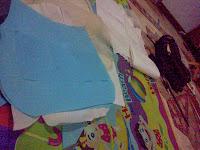 cara membuat tas dari kain perca dan gambarnya  Tas dari kain perca atau kain bekas
