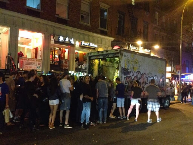 """""""All City"""" Truck Installation By Banksy For Better Out Than In Exhibition In New York City. crowd2"""