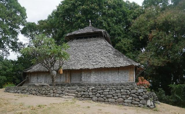 Sejarah-Penyebaran-Agama-Islam-di-lombok