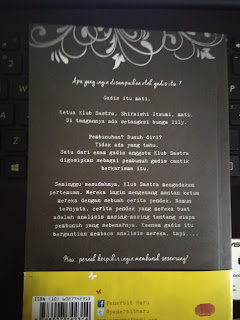 Novel Girls in The Dark Tampak Belakang