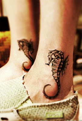 tatuaje caballito de mar