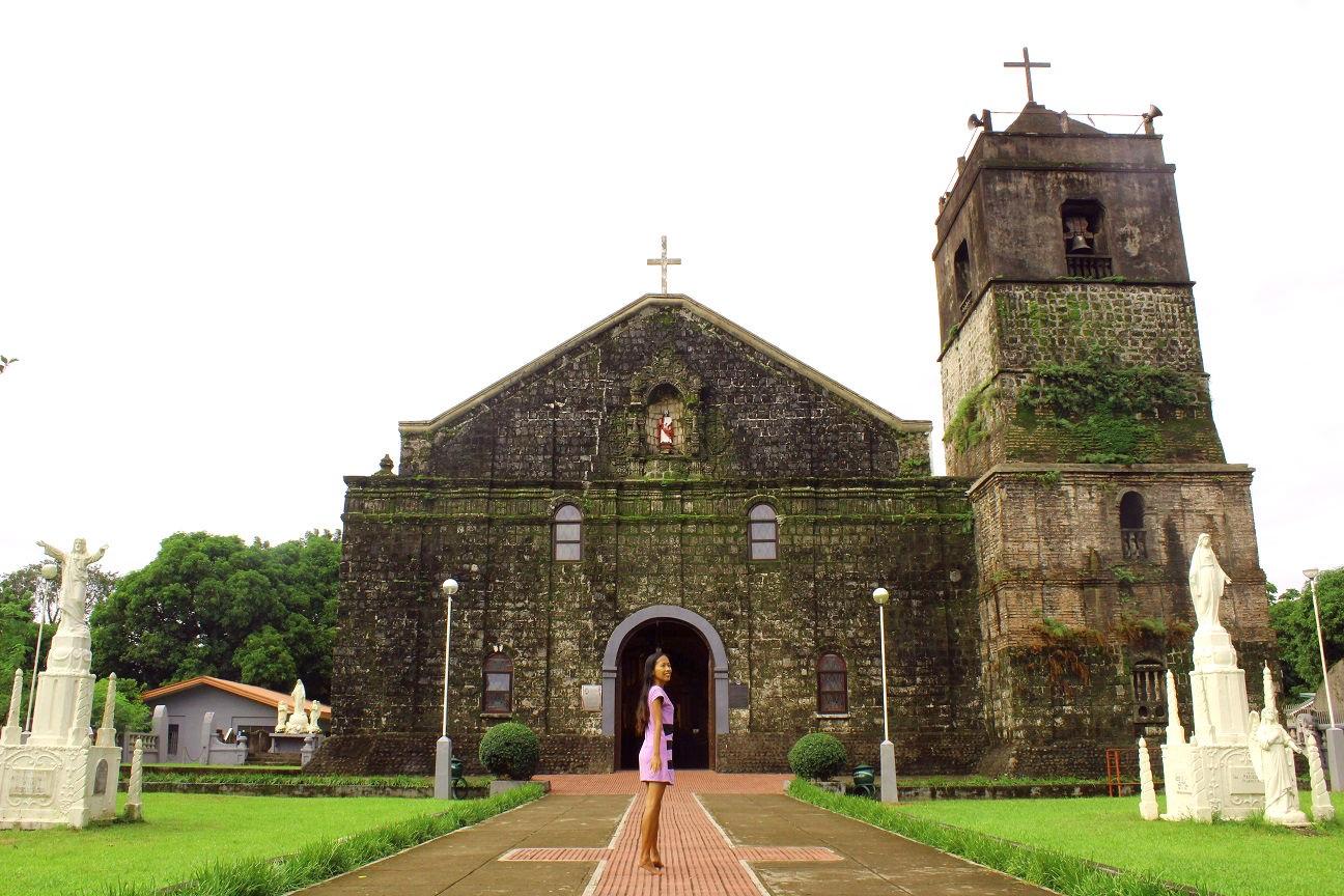Parroquia de San Pedro Apostol in Vinzons Camarines Norte