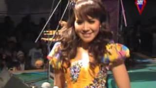 Dwi Ratna - Nyanyian Rindu Mp3