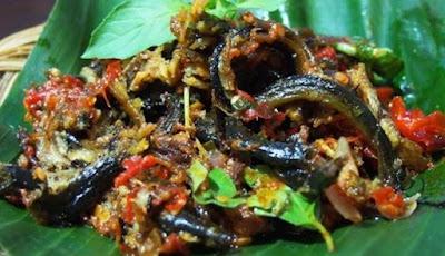 belut pedas makanan khas tradisional Tuban