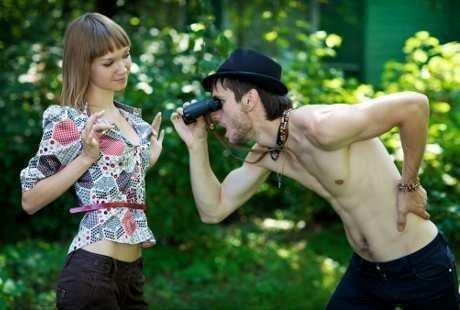 Banyak hasil survei dan studi yang menyatakan bahwa salah satu bagian tubuh wanita  yang memiliki daya tarik tinggi bagi pria adalah payudara. 0433423699