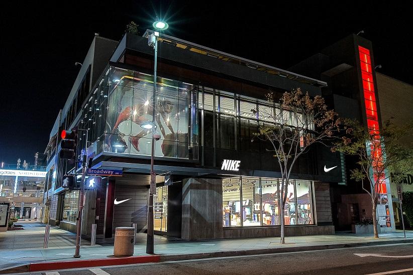 3f9ebaf94aa Tudo sobre as lojas da Nike em Miami