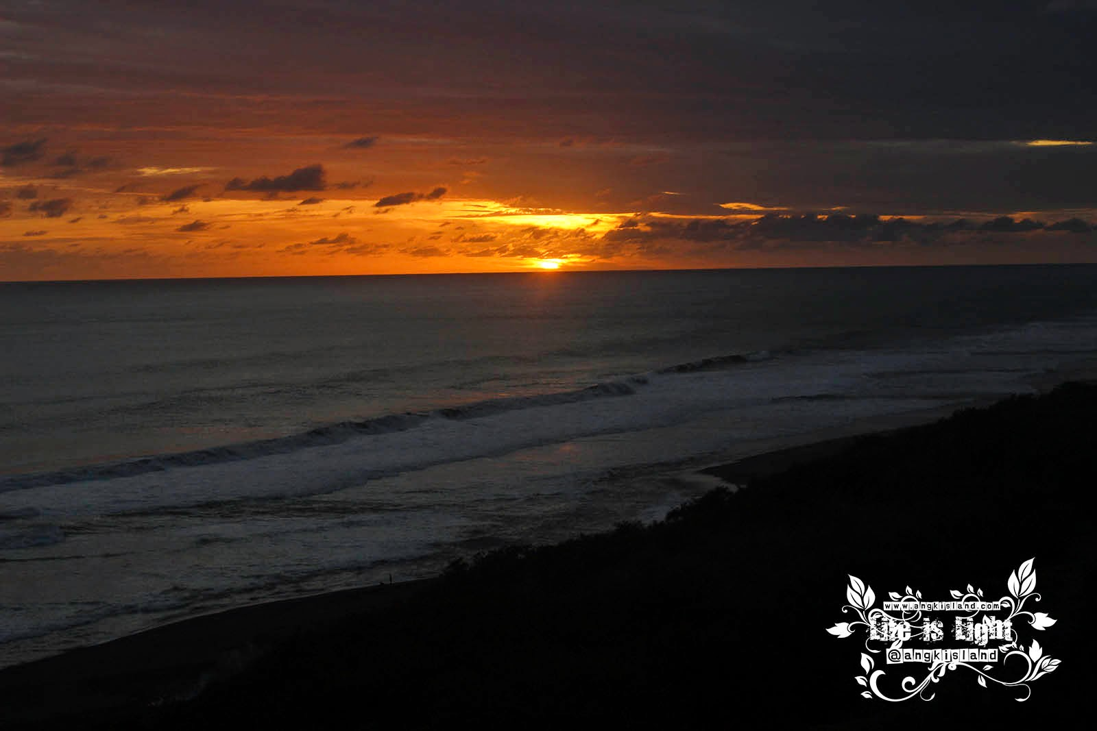 Sunset Mercusuar Pandansari Bantul Yogyakarta
