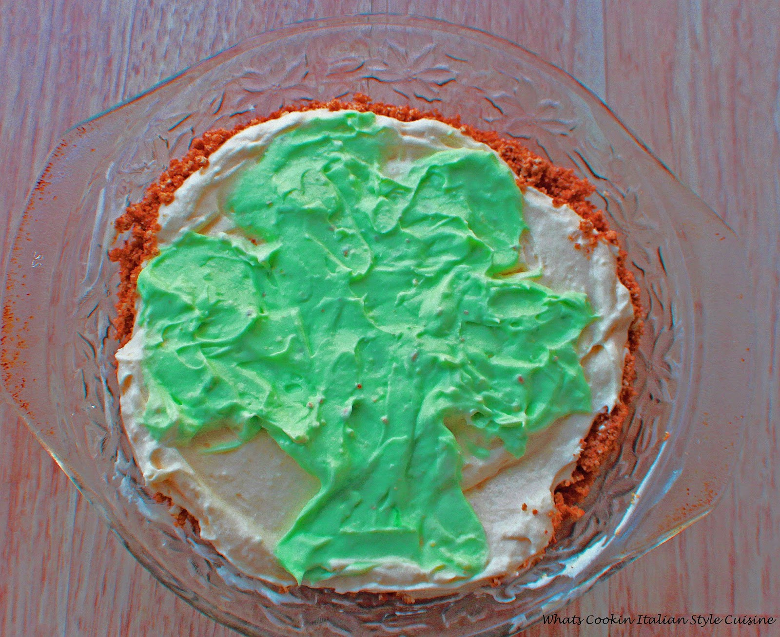 Shamrock cheese pie  is a cream cheese creamy pie thats no bake
