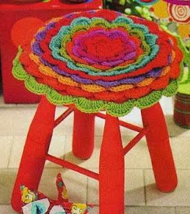 http://unachechi.blogspot.com.es/2013/04/funda-crochet-para-banquito.html