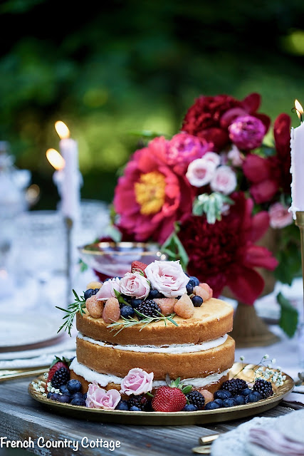 Romantic inspired table setting for the holidays