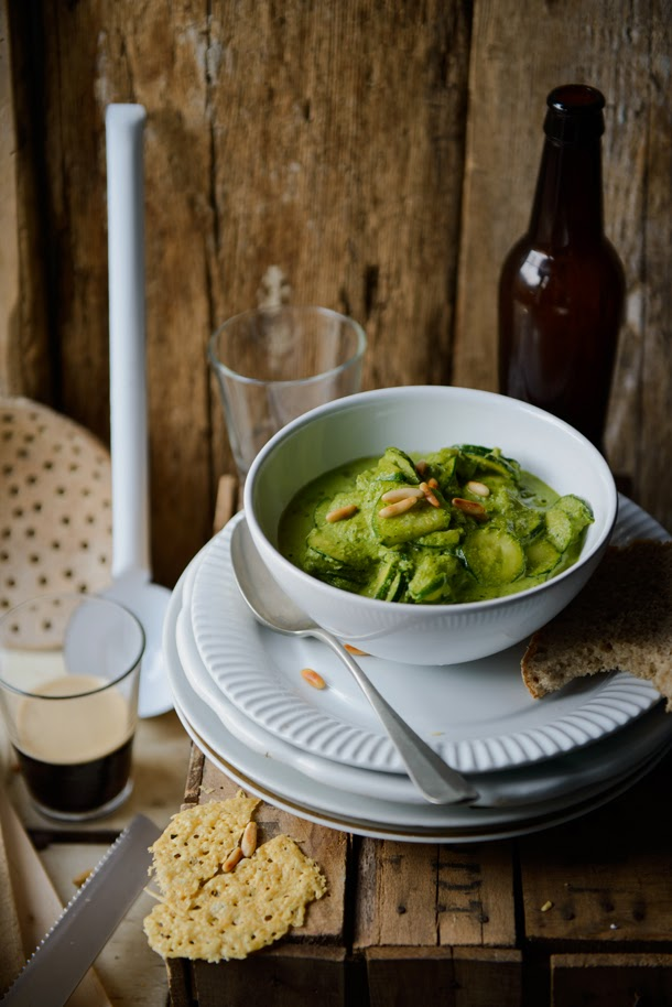 Zucchini stew with pesto