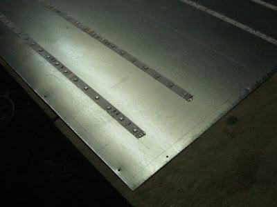 наклеивание светодиодной ленты