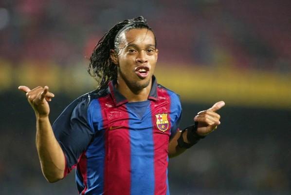 Ronaldinho Gaucho Atangaza Kustaafu Kucheza Soka