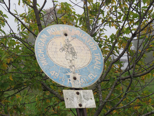 Polar Equator Trail Marker