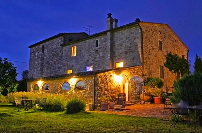 Tuscany home, country side garden and pool, accommodation in Tuscany, Rooms for rent