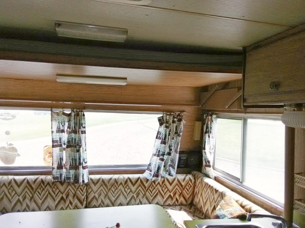 motorhome pull-down bunk