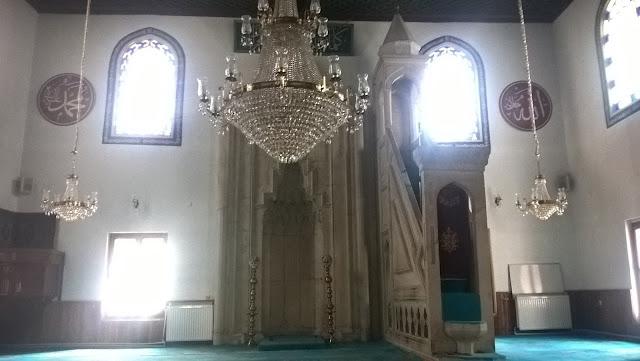 Ferhat Paşa (Hacı Kadı) Camii içi