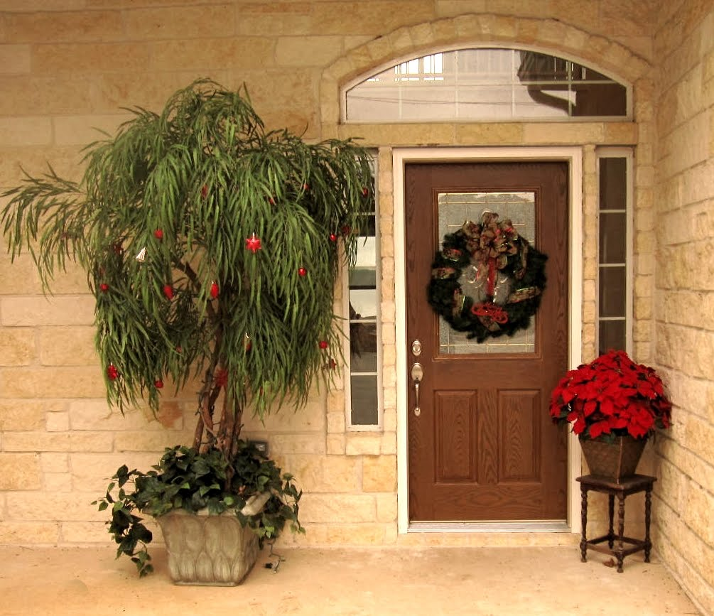 Unbreakable Front Door: Emma Wood Romances: Decorating For Christmas On A Budget