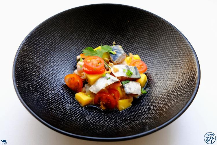 Le Chameau Bleu - Blog Cuisine  et Voyage - Recette de tartare de maquereau Gingembre Mangue  - Tartare de poisson à la mangue