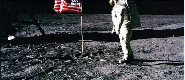 الكذبة التي الفقها رواد الفضاء والحقيقة من القراءن انه لن يصعد الانسان للفضاء