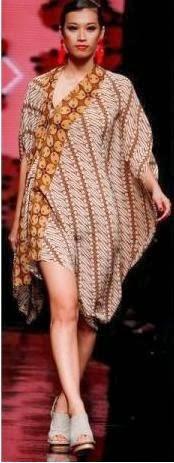 Batik Rancangan Oscar Lawalata