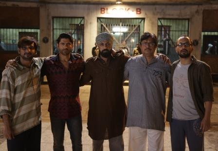 Newztabloid, Lucknow Central Jail, Farhan Akhtar,Gippy Grewal, Deepak Dobriyal