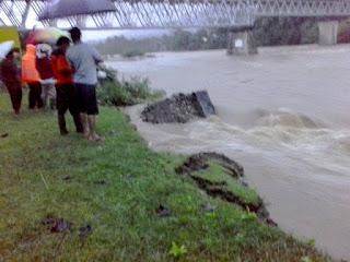 Hujan Deras Rendam Rumah Warga di Abdya, Irigasi Krueng Baru Jebol