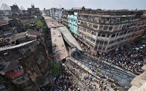 Photo of flyover collapse in Kolkata, India