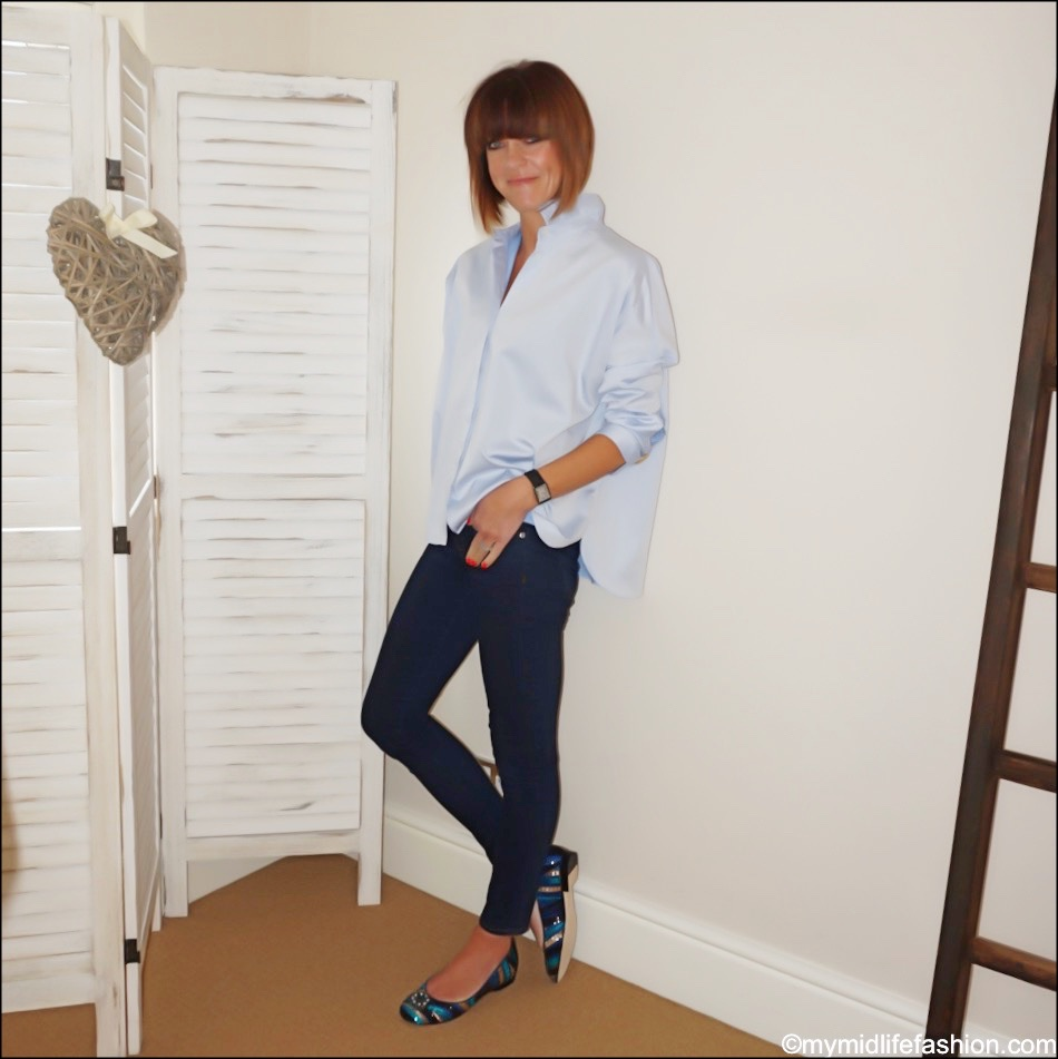 my midlife fashion, Susana Cabrera Marta media luna, j crew 8 toothpick in classic wash, uterque oversized shirt