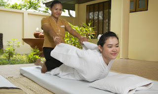 Tukang Pijat Wanita Panggilan Surabaya 082325352472