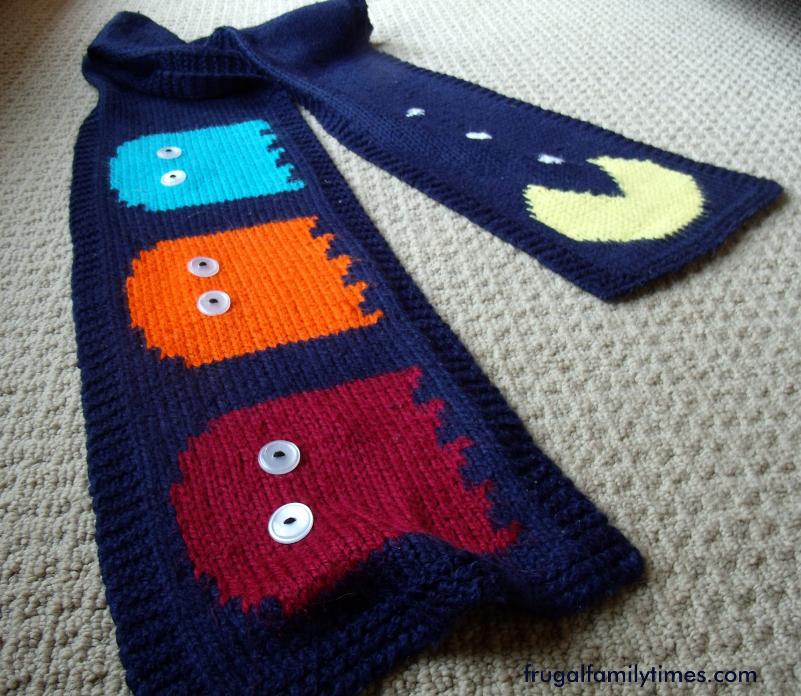 Knit Pac Man Scarf An Easy Pattern For Any Beginner Who