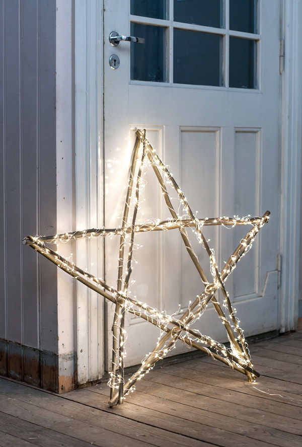 Bright Christmas Star | Breathtakingly Rustic Homemade Christmas Decorations