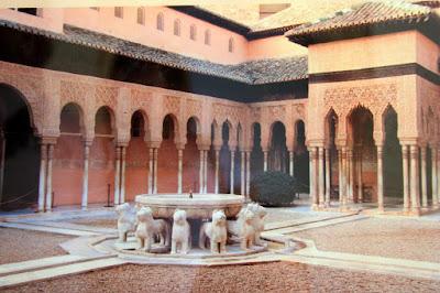 Lions courtyard in La Alhambra de Granada