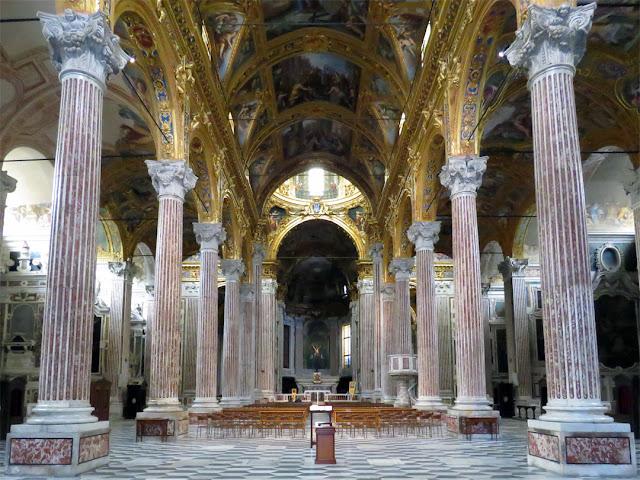 Santissima Annunziata del Vastato, Piazza della Nunziata, Genoa
