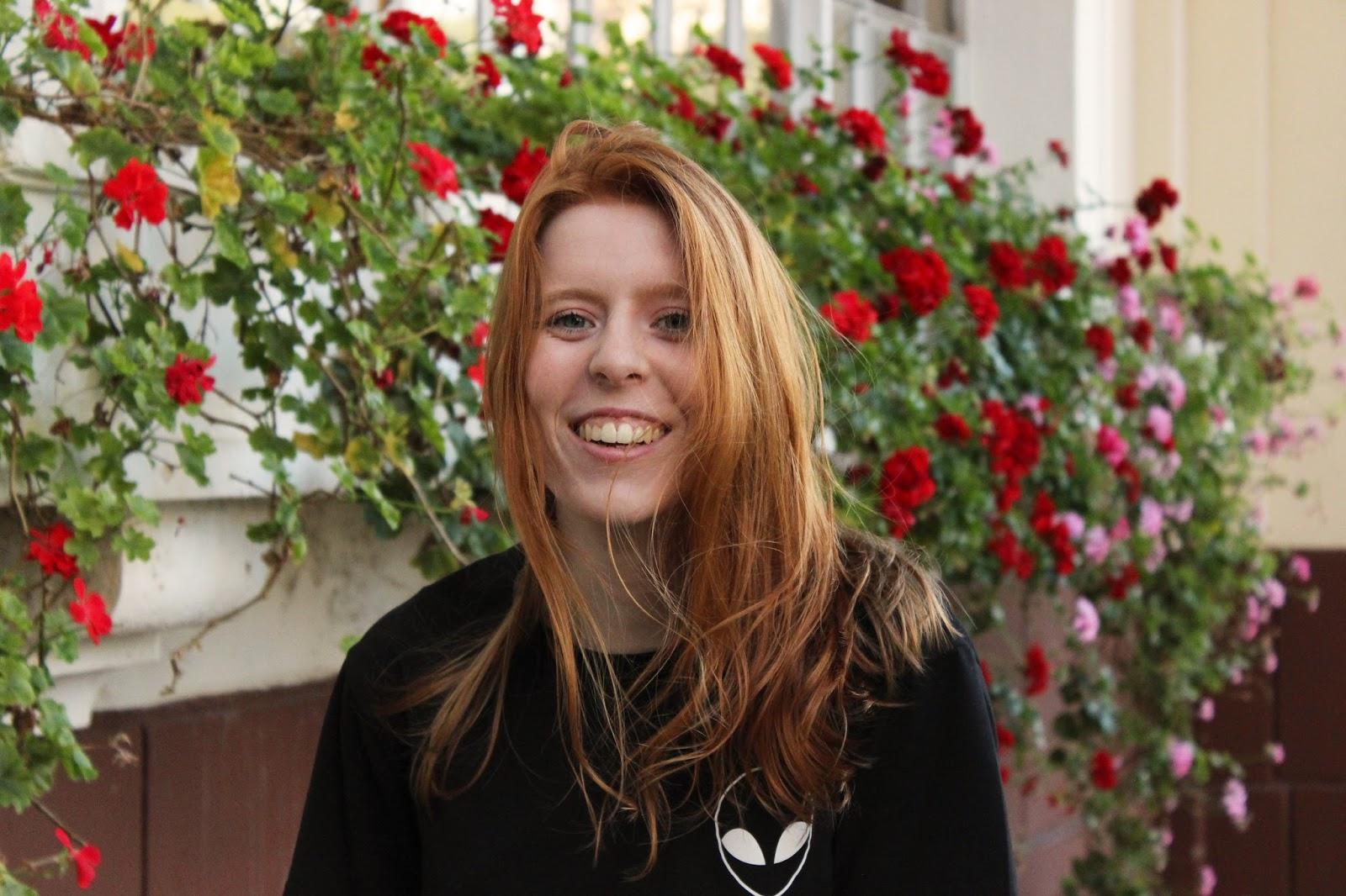 Betânia Duarte sorrindo
