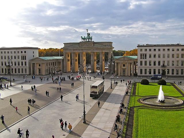 Praça de Paris em Berlim