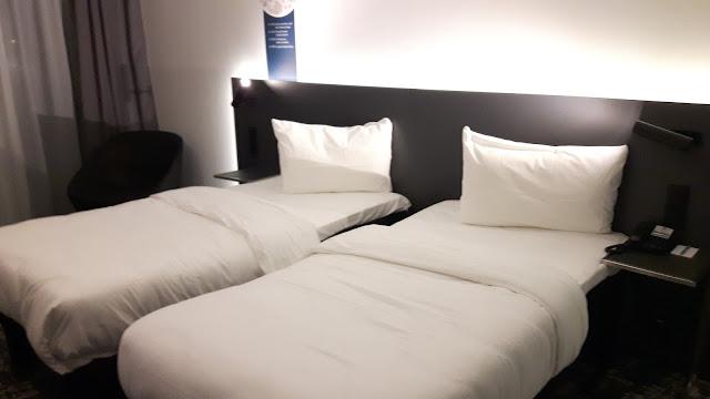 geräumige Zimmer im Ibis Styles Basel City