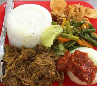 Nasi Empal Pengampon Surabaya, Kuliner Surabaya