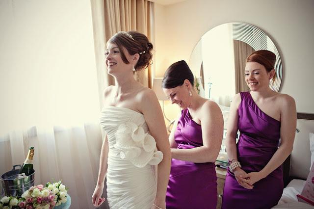 Fotos divertidas para fazer com as madrinhas no making of casamento