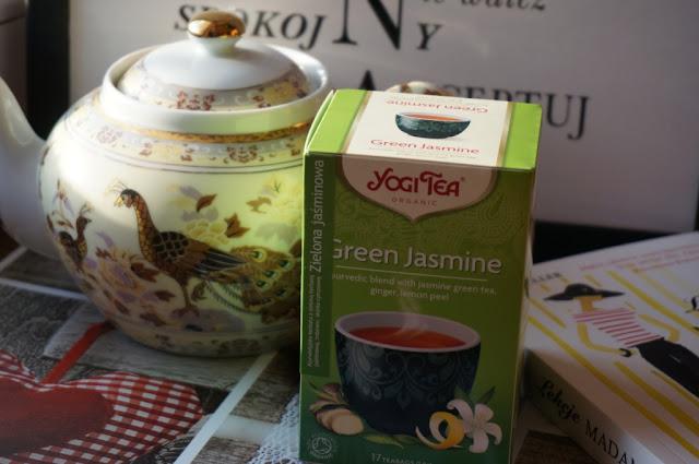 Ajurwedyjska zielona jaśminowa herbata YOGI TEA - relaks i odprężenie z nutą egzotyki